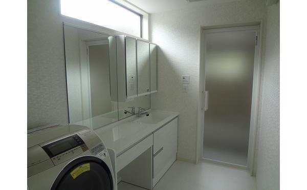 エイトホームの新築物件 洗面