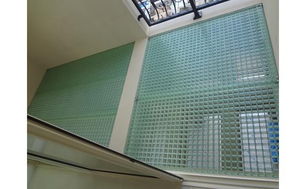半透明のガラス繊維 強化プラスチック FRP施工事例
