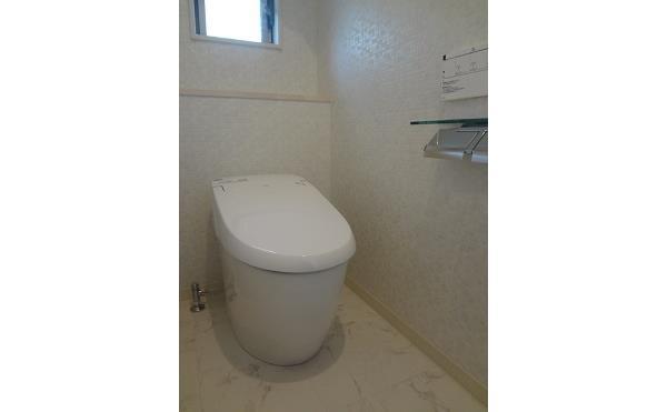 エイトホームの新築物件 トイレ